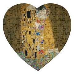 Klimt   The Kiss Jigsaw Puzzle (heart) by ArtMuseum