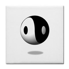 Yin Yang Face Towel by hlehnerer