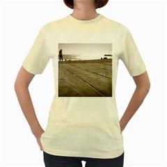Laguna Beach Walk  Womens  T Shirt (yellow)
