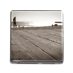 Laguna Beach Walk Memory Card Reader With Storage (square)