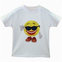 Holiday Woman Smiley Kids' T Shirt (white) by gatterwe