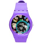 cupcakes black watch - Round Plastic Sport Watch (M)