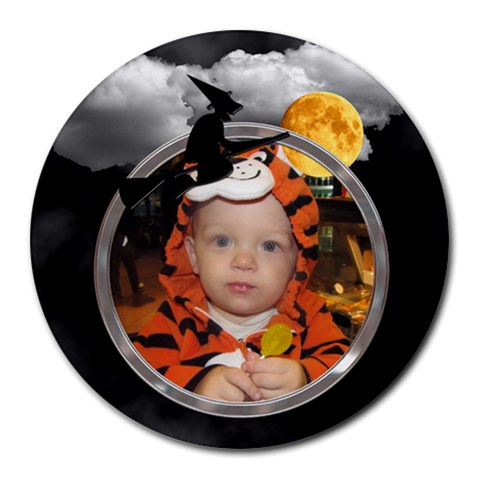 Halloween Round Mousepad By Lil    Round Mousepad   Jku09qnwsg0c   Www Artscow Com Front