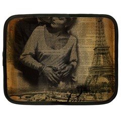 Romantic Kissing Couple Love Vintage Paris Eiffel Tower Netbook Case (xxl)