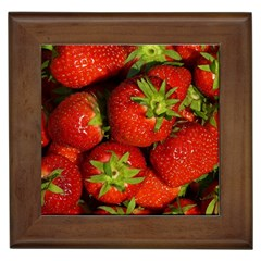 Strawberry  Framed Ceramic Tile by Siebenhuehner