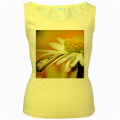 Daisy With Drops Womens  Tank Top (yellow) by Siebenhuehner