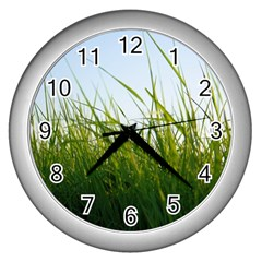 Grass Wall Clock (silver) by Siebenhuehner