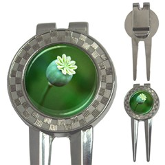 Poppy Capsules Golf Pitchfork & Ball Marker