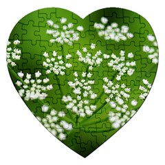 Queen Anne s Lace Jigsaw Puzzle (heart)