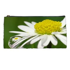 Daisy With Drops Pencil Case by Siebenhuehner
