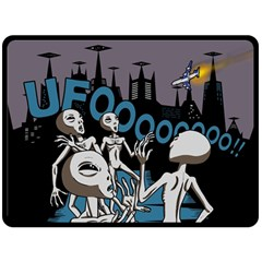 The Ufo Fleece Blanket (extra Large) by Contest1732250