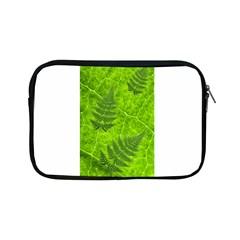 Leaf & Leaves Apple Ipad Mini Zippered Sleeve by BrilliantArtDesigns