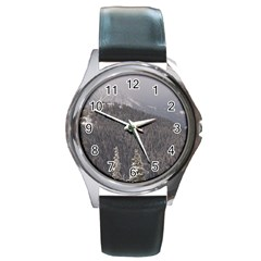 Mountains Round Leather Watch (silver Rim)