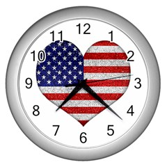 Grunge Heart Shape G8 Flags Wall Clock (silver)