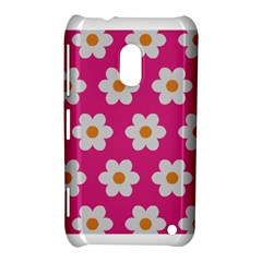 Daisies Nokia Lumia 620 Hardshell Case by SkylineDesigns
