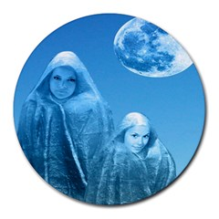 Full Moon Rising 8  Mouse Pad (round) by icarusismartdesigns