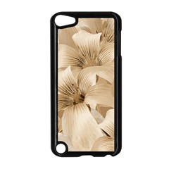 Elegant Floral Pattern In Light Beige Tones Apple Ipod Touch 5 Case (black)