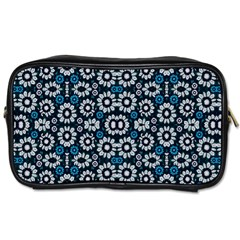 Floral Print Seamless Pattern In Cold Tones  Travel Toiletry Bag (two Sides) by dflcprints