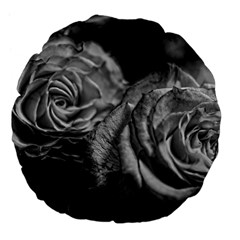 Black And White Tea Roses 18  Premium Flano Round Cushion  by bloomingvinedesign