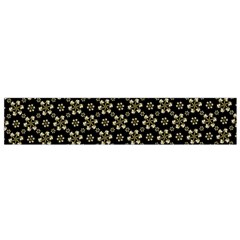 Angels Skull Pattern Flano Scarf (small)