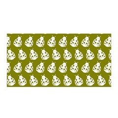 Ladybug Vector Geometric Tile Pattern Satin Wrap by creativemom