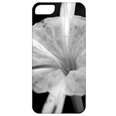 Exotic Black And White Flower 2 Apple Iphone 5 Classic Hardshell Case by timelessartoncanvas