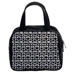 Black And White Owl Pattern Classic Handbags (2 Sides) by creativemom