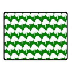Tree Illustration Gifts Fleece Blanket (Small) by creativemom