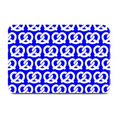Blue Pretzel Illustrations Pattern Plate Mats