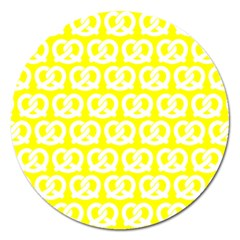 Yellow Pretzel Illustrations Pattern Magnet 5  (round) by creativemom