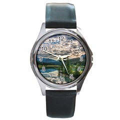 Banff National Park 2 Round Metal Watches by trendistuff