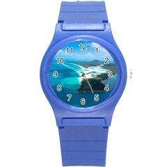 WHITEHAVEN BEACH 2 Round Plastic Sport Watch (S) by trendistuff