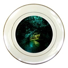 WAITOMO GLOWWORM Porcelain Plates by trendistuff