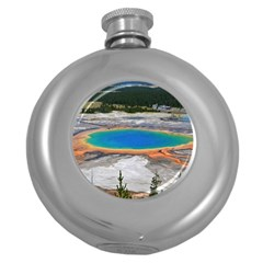 Grand Prismatic Round Hip Flask (5 Oz) by trendistuff