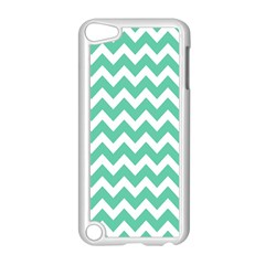 Chevron Pattern Gifts Apple iPod Touch 5 Case (White) by creativemom