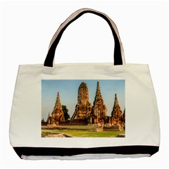 Chaiwatthanaram Basic Tote Bag  by trendistuff