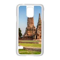 CHAIWATTHANARAM Samsung Galaxy S5 Case (White) by trendistuff