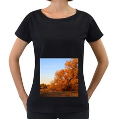 Beautiful Autumn Day Women s Loose Fit T Shirt (black) by trendistuff