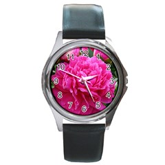 Paeonia Eleanor Round Metal Watches by trendistuff