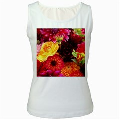 BUNCH OF FLOWERS Women s Tank Tops by trendistuff