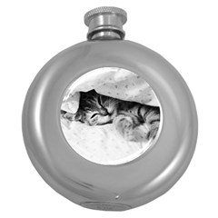 SLEEPY KITTY Round Hip Flask (5 oz) by trendistuff