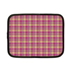 Pink Plaid Pattern Netbook Case (small)