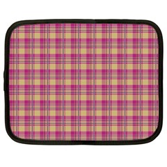Pink Plaid Pattern Netbook Case (xl)
