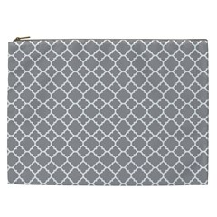 Grey Quatrefoil Pattern Cosmetic Bag (xxl) by Zandiepants