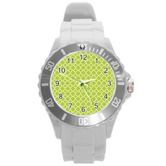 Spring Green Quatrefoil Pattern Round Plastic Sport Watch (l) by Zandiepants