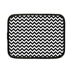Black & White Zigzag Pattern Netbook Case (small) by Zandiepants