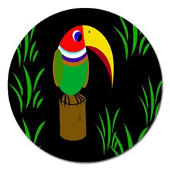 Toucan Magnet 5  (round) by Valentinaart