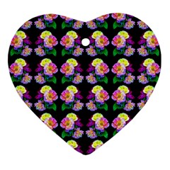 Rosa Yellow Roses Pattern On Black Ornament (heart)