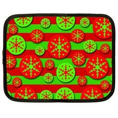 Snowflake Red And Green Pattern Netbook Case (large) by Valentinaart