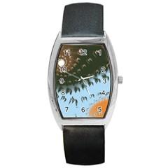 Sun Ray Swirl Design Barrel Style Metal Watch